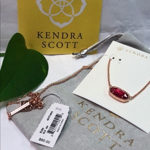 NWT KENDRA SCOTT OVAL BERRY ILLUSION W ROSE GOLD